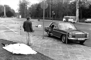 April 7 1977: Chief Prosecutor Siegfried Buback is assassinated